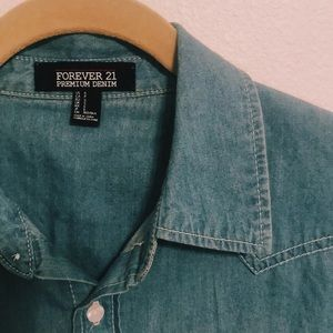 FOREVER21 Long Sleeve Chambray Button Up